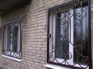 Кованая решетка на окно. ОлСеДом
