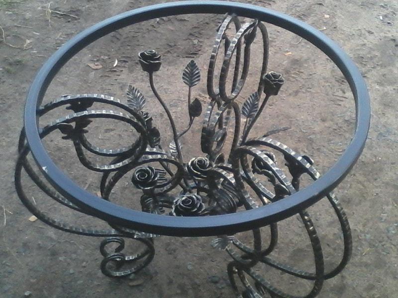 Кованый столик. ОлСеДом